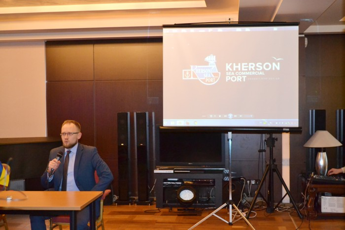 The-sea-ports-of-Kherson-and-Skadovsk-have-a-chance-to-survive-02